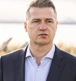 Fish-Rot whistleblower nets 1 million Swedish krona for anti-corruption initiative – Wins  leading sustainability award