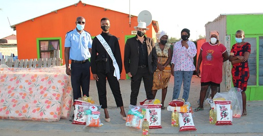 Kuisebmond shack fire survivors receive donations from well-wishers