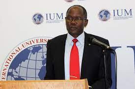 IUM staff gets salary increment