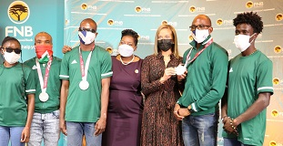 Paralympic athletes receive support from FNB